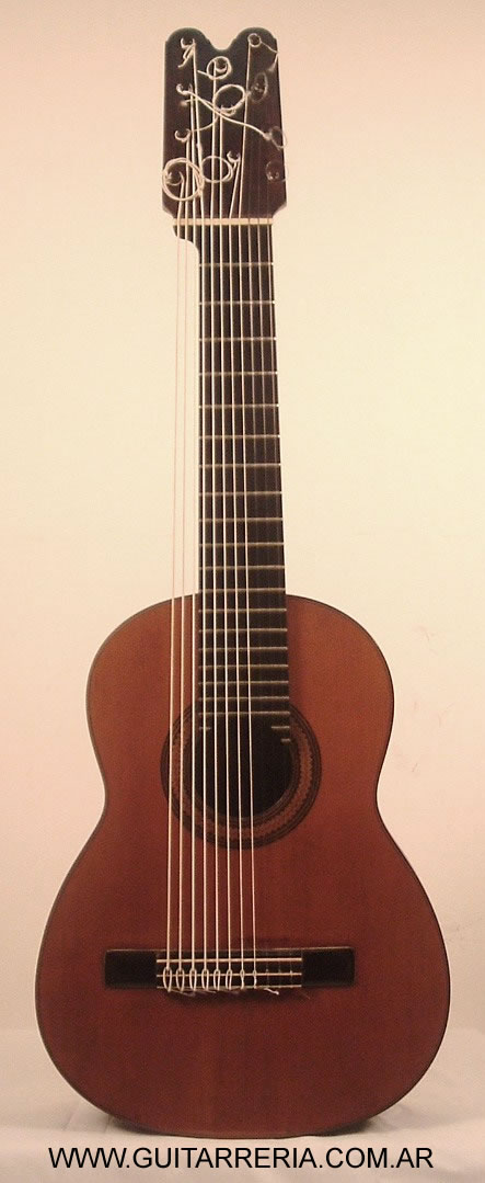 Manuel Dominguez - 1922 - 11 strings